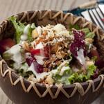 ニジイロ Dining,Cafe&Bar - クラシックシーザーサラダ