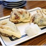 居酒屋浩司 - あげ納豆 1つ250円 納豆の巾着揚げ。名物と言えるかも?