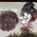 居酒屋 春告魚 - 鯵刺身と〆鯖