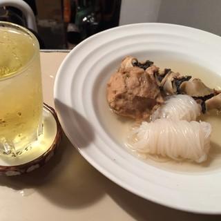 あさひや - 料理写真:梅割りと白滝、貝、からし