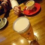 75916456 - ハートランド、ホットコーヒーとホットティー