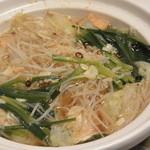 葉隠亭 - 鍋物(モツ鍋は食材は九州産にこだわった特選鍋)