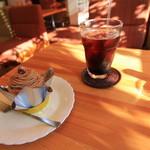 ベニス洋菓子店 - 料理写真:午後のひととき