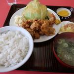 大茂 - 料理写真:若どり唐揚定食
