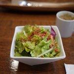 7594857 - ランチのサラダとスープ