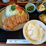 とんかつ・串揚げ 冨岳 - ロースカツ(ランチ)870円