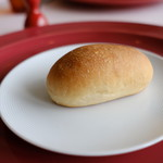 レストラン タケウチ - 夏みかんでおこした天然酵母のパン