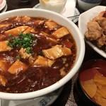 75944789 - 麻婆豆腐、これは辛口をチョイス