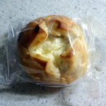 75946030 - クリームチーズレーズン210円