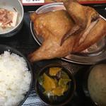 なると - 唐揚定食「ワイルドだゼェ!」(´ω`(´ω`)
