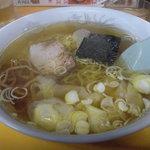 蘭々 - ワンタン麺。