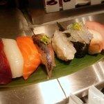魚がし日本一 - 築地旬握りセット
