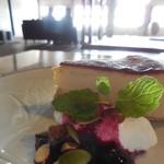 75951027 - ベイクドチーズケーキ
