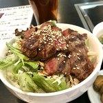 秘苑 - 料理写真:カルビ丼  スープ、お漬物付 1000円税込!!