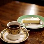樹の花 - チーズケーキ&芳醇ブレンド¥1150 再訪はレノンセットを♡
