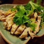 用賀タイ食堂 - ガイサップ(蒸し鶏)800円