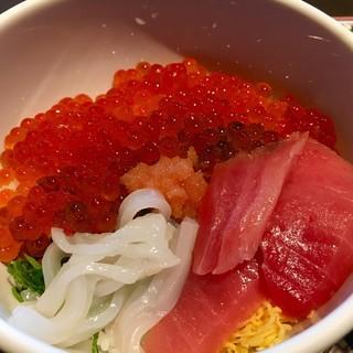 ラビスタ函館ベイ - 料理写真:作った☆海鮮丼