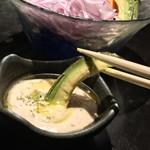 落日酒楽 - 落日酒楽(ひはおちて さけたのし)(東京都武蔵野市境南町) バーニャカウダ&有機野菜