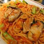75963243 - 牡蠣と小松菜のアラビアータ