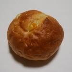 メゾン トロワグロ - コーンパン