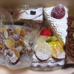 パティスリー Labeille - 料理写真:チョコ系が多かった