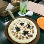 文房具カフェ - マシュマロピザ