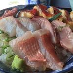 料亭 花月 - 室戸キンメ丼。1,600円。室戸で食べられる絶品です。
