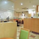 カフェ・ベローチェ - 店内