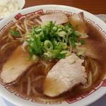 二両半 鶴橋本店 - ラーメン定食2017.11.1