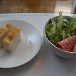 エノテーカ  イプリミ ギンザ - Aランチのサラダとパン