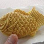 たい焼き あべちゃん - 料理写真:「たい焼き つぶあん(\120)」。