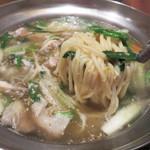 とも喜 - シメのチャンポン麺をリクエスト。 雑炊にも出来るそうです。
