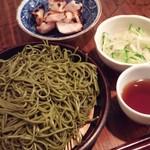 酒・肴 おひとり処 - 茶そば+鶏胸肉(塩麹グリル)