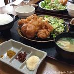 定食屋さん千 - からあげ定食(スパイス付)800円(税込)