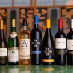 がぶ飲みワインと鉄板焼 黒鉄 - ドリンク写真