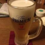 酒菜や 香蔵 - 乾杯はビールで