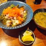 あき山 - 海鮮丼