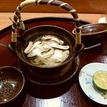 76016018 - 甘鯛と松茸の土瓶蒸しです♪