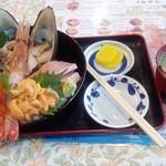 76017622 - 「北海大漁丼」(4200円)