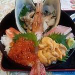 76017628 - 「北海大漁丼」(4200円)