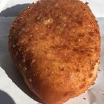 パン パティ こむぎのおはなし - カレーパン   148円