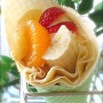 クレープ クランベリー - 『フルーツの宝石箱』をイメージしました♪『フルーツ&ホイップ』♪