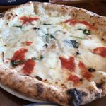 ピッツェリア ジターリア ダ フィリッポ - チーズの違うもう一つのマルゲリータ酪恵舎 こちらはランチで確か1500円(ドリンク付き)