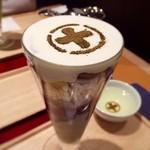 中村藤吉本店 - 最後まで美味しく食べられる絶妙なバランスのパフェ♡ ミミィは抹茶よりほうじ茶派です!