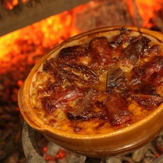 フランス南西部のオック地方の伝統料理「カスレ」に魅了される夜