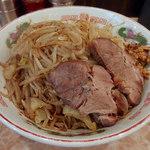 肉汁らーめん 公 - 焼きラーメン・ハイカロリー・ヤサイニンニク(850円)