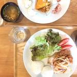 Onigily Cafe - orderは生姜焼き定食
