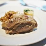 ブーケ・ド・フランス - 料理写真:アイスバイン シュークルート添え