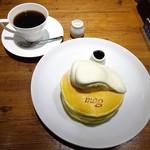 76031835 - スペシャルパンケーキ、コーヒー