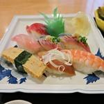 蛇の目寿司 - おまかせランチにぎりアップ